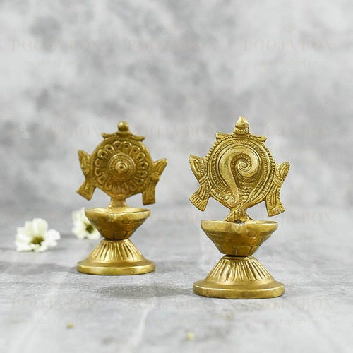 Shankh Brass Diya (Set Of 2)