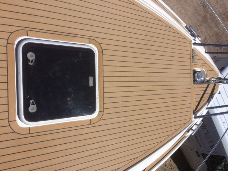 Windy 37 Synthetic Teak Decks in 45mm planking
