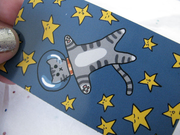 Kitty in Space Magnet