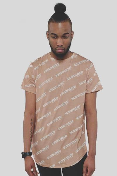 All Over Printed Longline beige/camel T-shirt 'Longue Story' Nelti C. (Men)