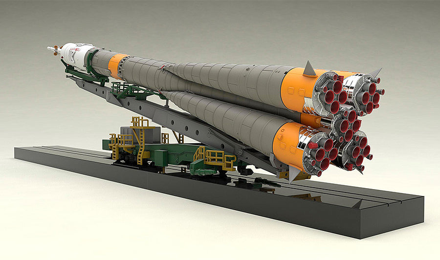 1/150 Plastic Model Soyuz Rocket & Transport Train(2nd re-run)
