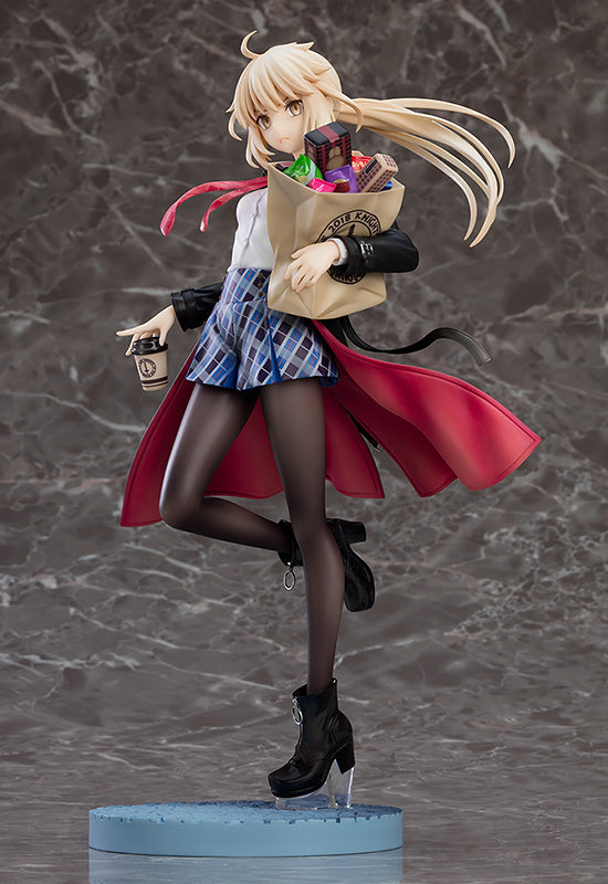 Fate/Grand Order Saber/Altria Pendragon (Alter) : Heroic Spirit Traveling Outfit Ver. 1/7 Scale Figure