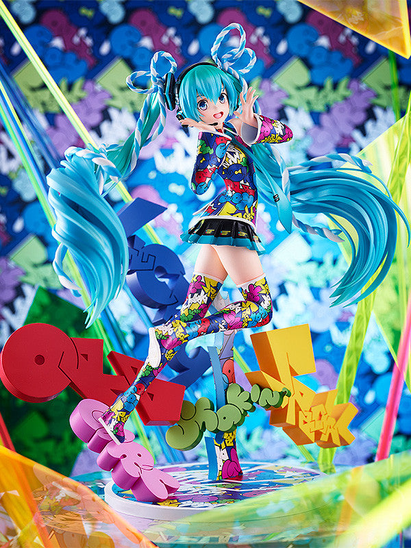Character Vocal Series 01: Hatsune Miku - MIKU EXPO 5th Anniv. / Lucky ☆ Orb : UTA X KASOKU Ver.  1/8th SCALE FIGURE