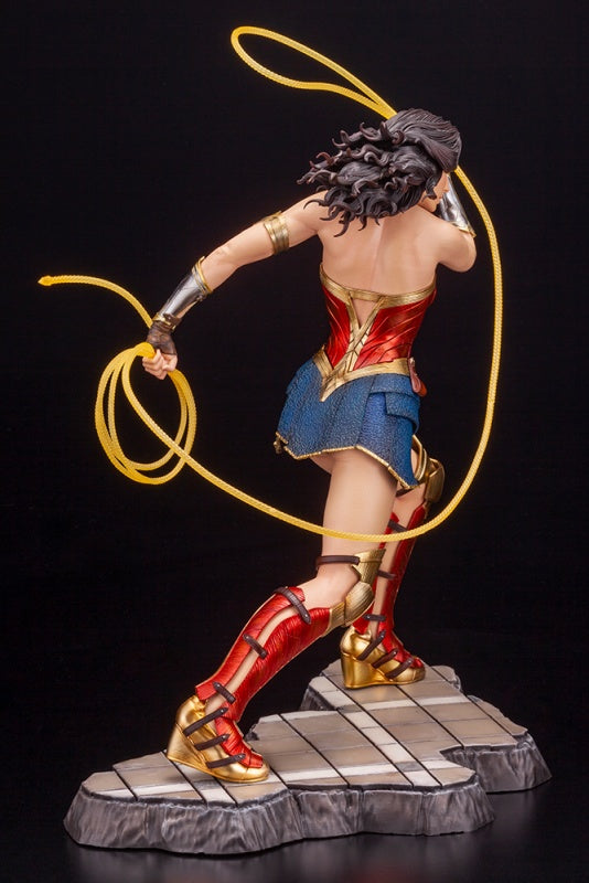 DC UNIVERSE - WONDER WOMAN 1984 MOVIE - WONDER WOMAN ARTFX STATUE - 1/6TH SCALE FIGURE
