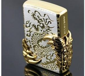 Gold Eagle Claw Lighter - Rich Smoker