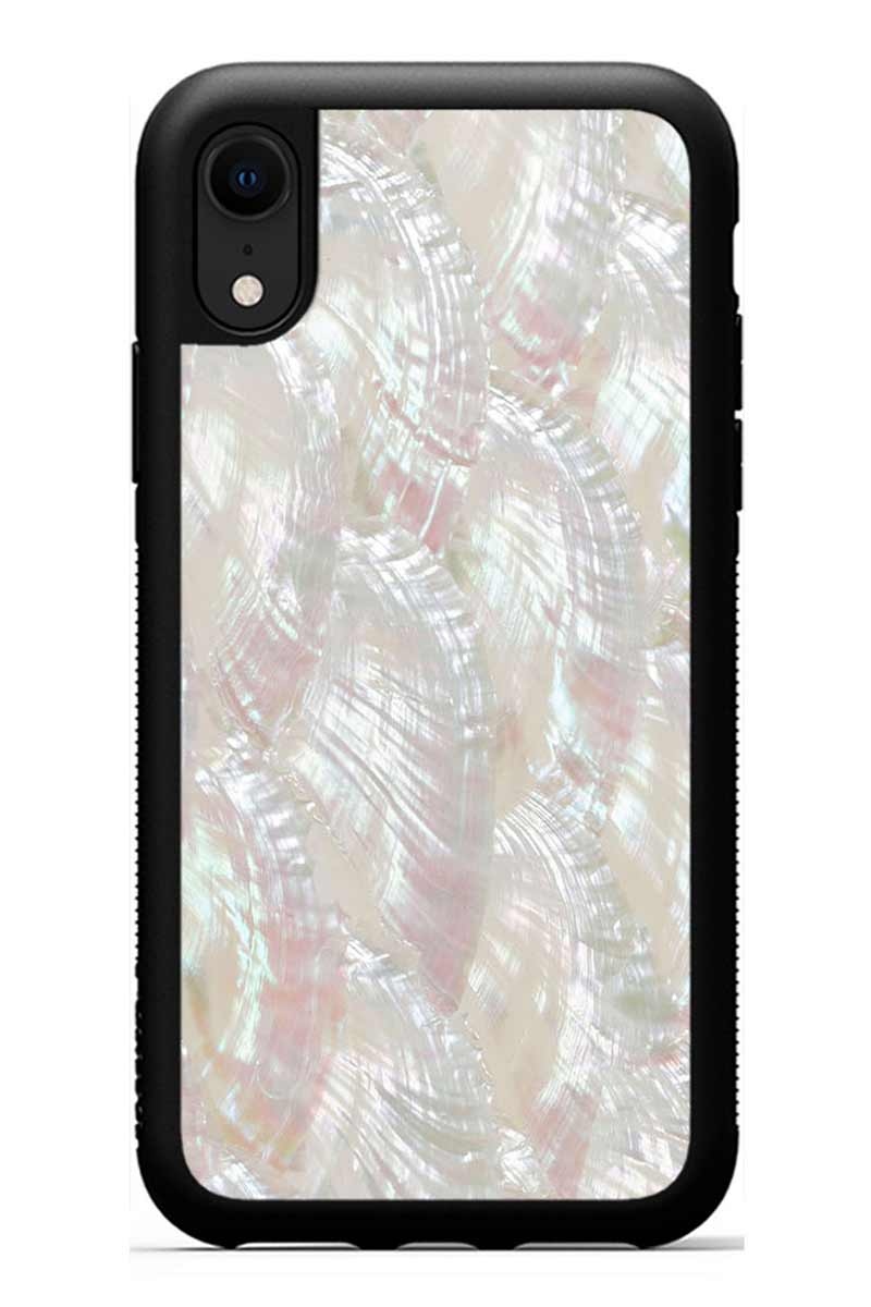 iPhone XR - Scallop - Black Traveler Protective Seashell Case
