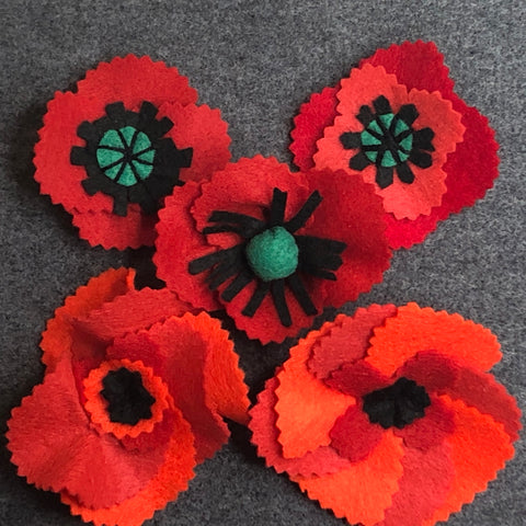 jacquie-blondin-knots-and-stitches-felt-poppies