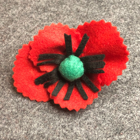 jacquie-blondin-knots-and-stitches-felt-poppy-3