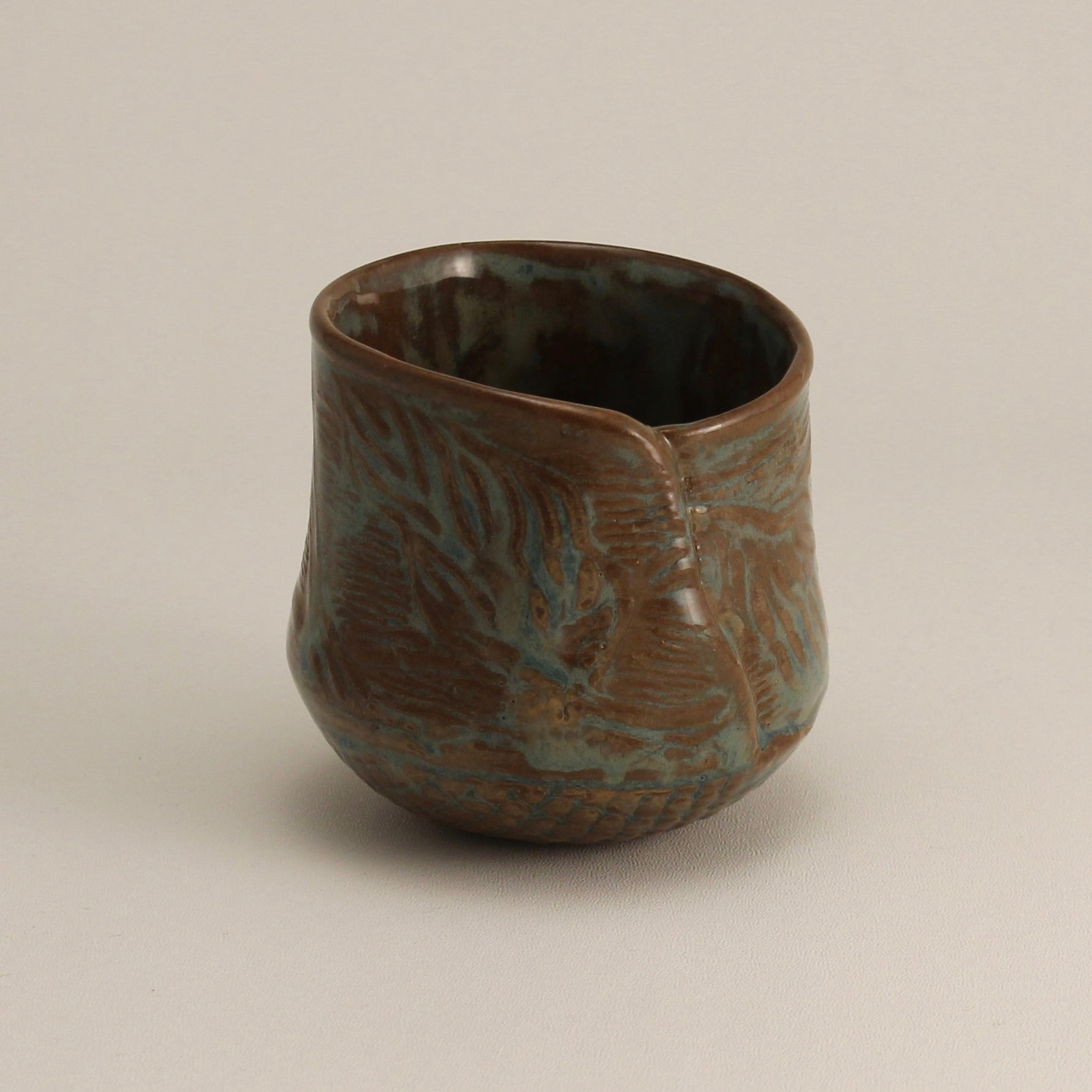 Round Bottomed Cup with Leaves