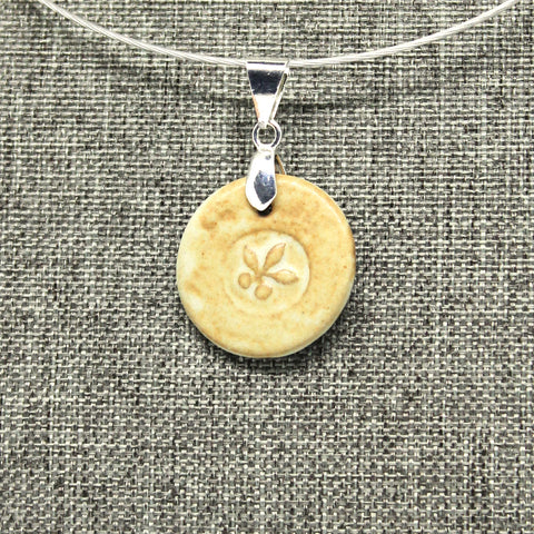 Petit Floral Pendant Necklace in Buttercup Cream