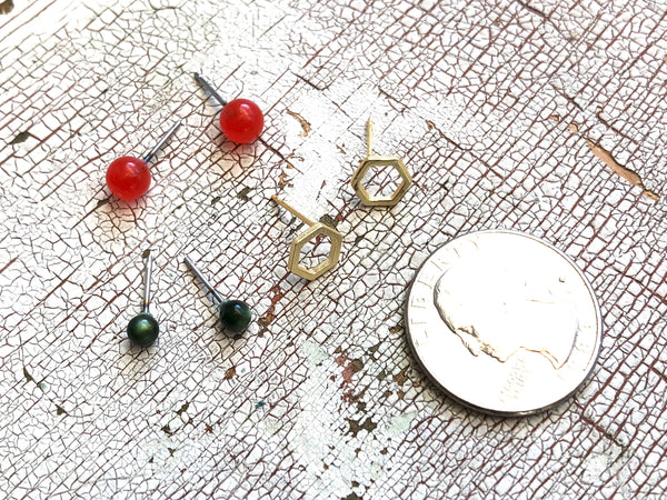 Tiny Forest Green Tomato Red & Frosted Gold Hexagon Geo Studs Earring Set