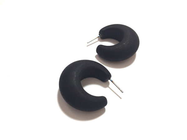 chunky black earrings