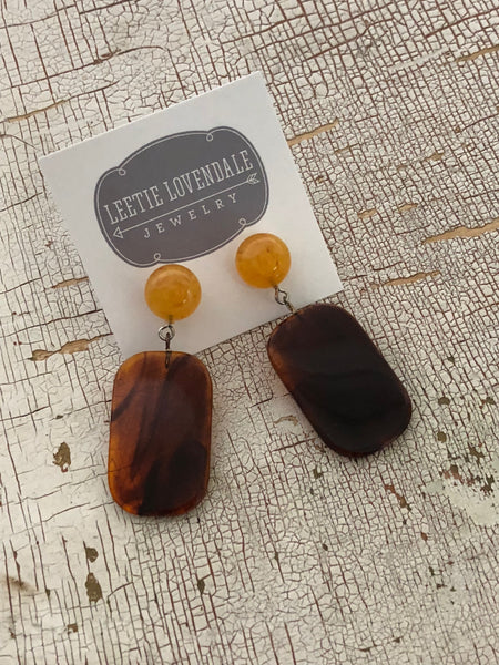 tortoise pinup earrings