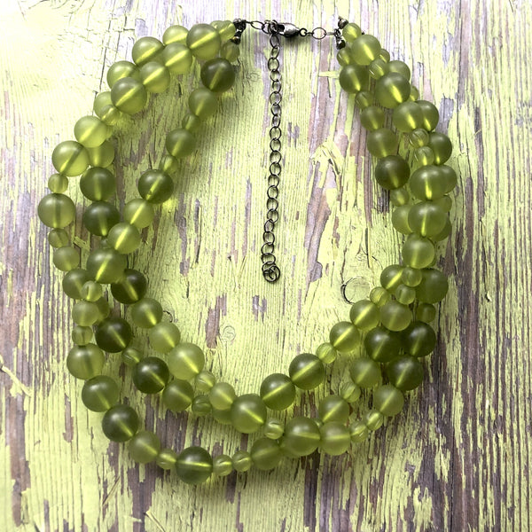bright green glass necklace