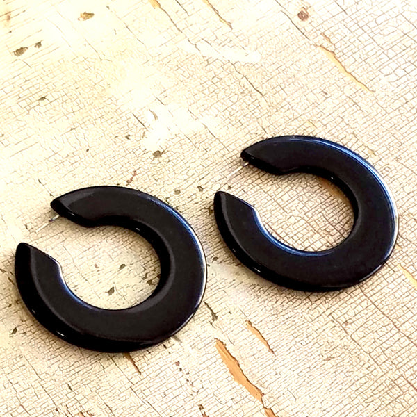 black twiggy hoops