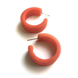 Light Coral Matte Retro Wide Parker Hoop Earrings