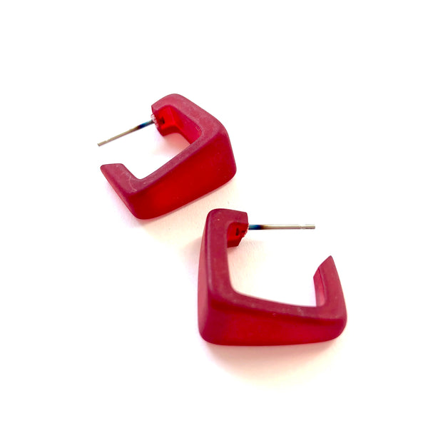 small red square earrings
