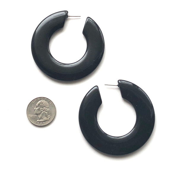 black twiggy earrings