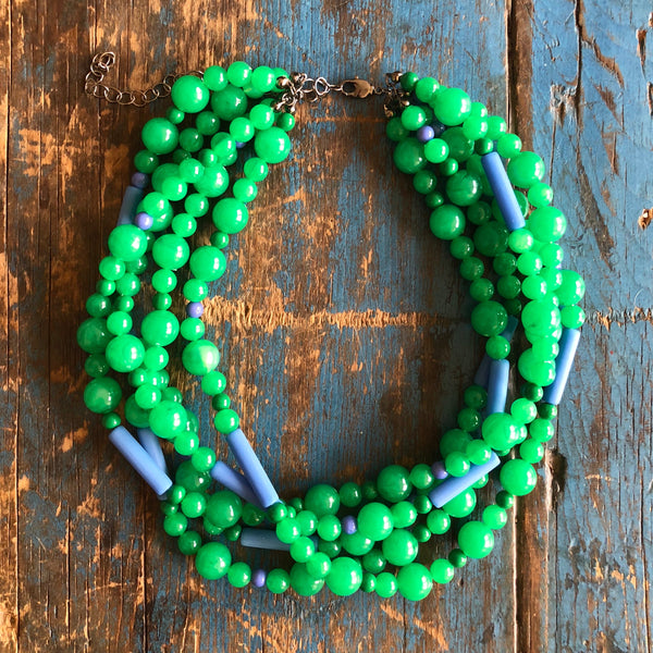 kelly green necklace