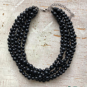 black beaded chunky necklace