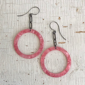Pink Shell & Paperclip Chain Donut Drop Earrings