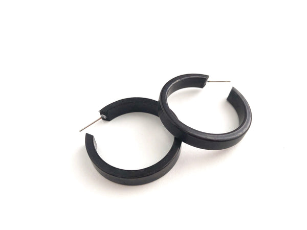 shiny black earrings