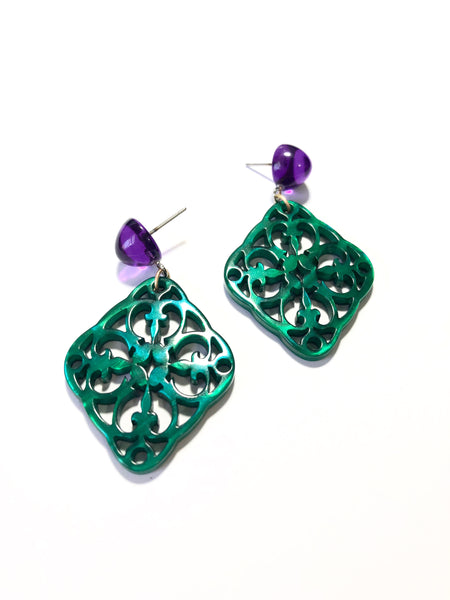green lace drop earrings