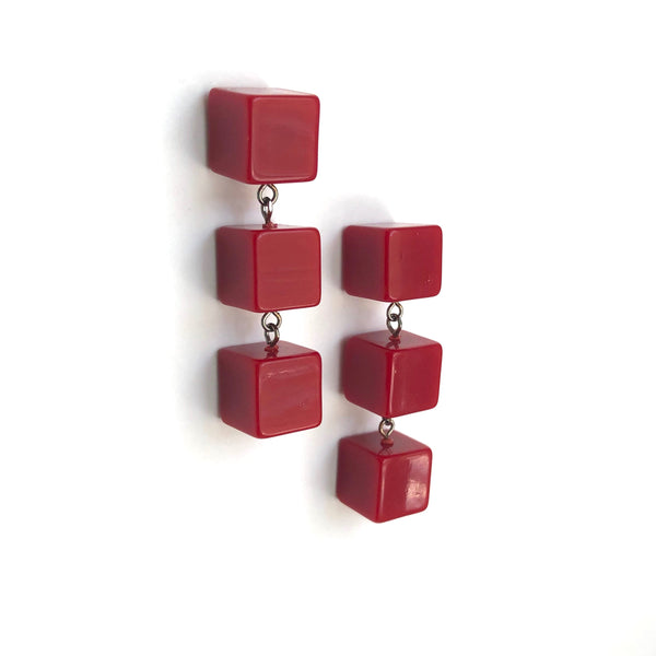red cubes jewelry