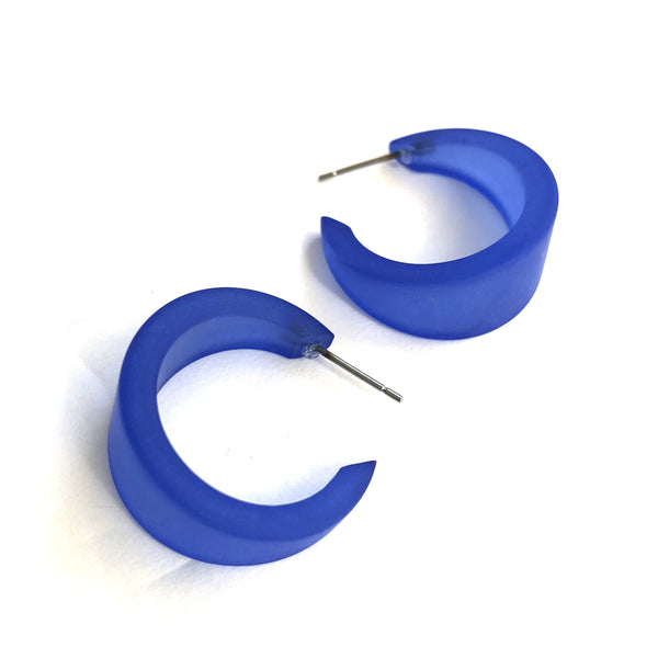 electric blue marilyn hoops