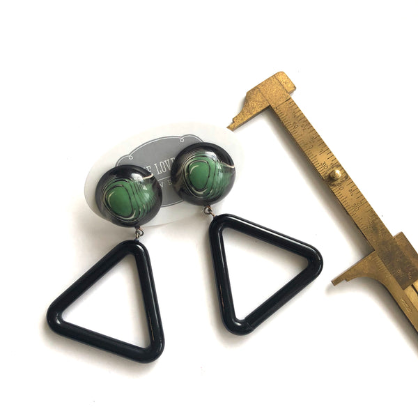 green triangle earrings measurments