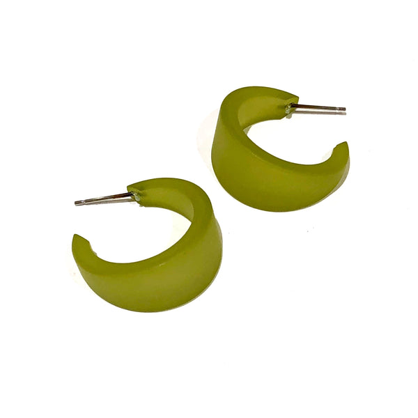 tapered olive earrings