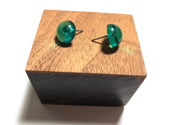 emerald button earrings