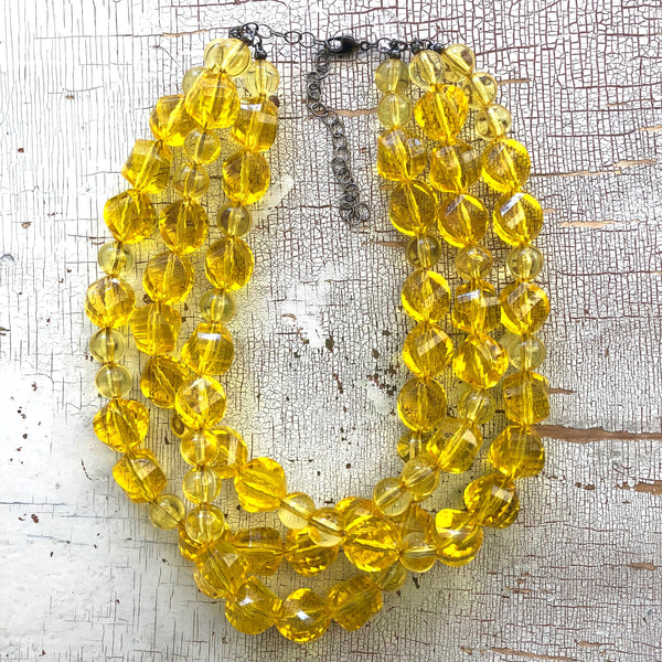 yellow faceted necklace