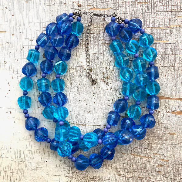 faceted blue necklace