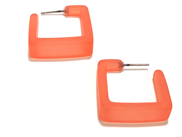 salmon square hoops