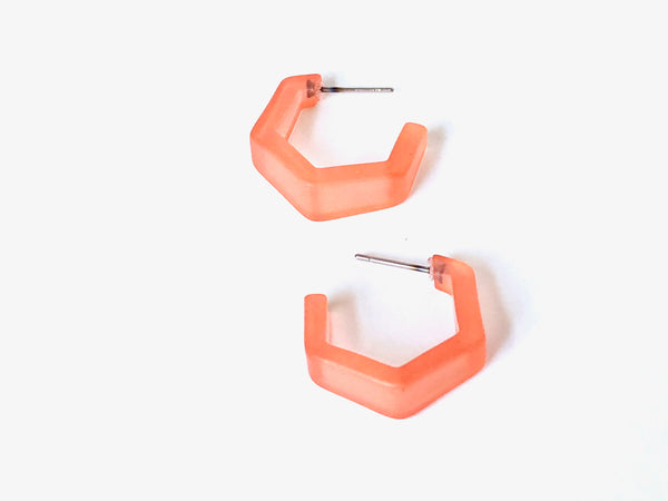 small coral hex hoops