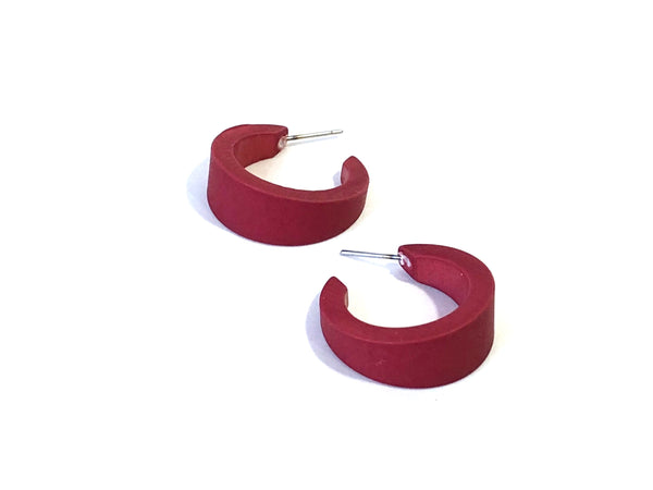 dark red tapered hoops