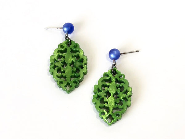 kelly green earrings