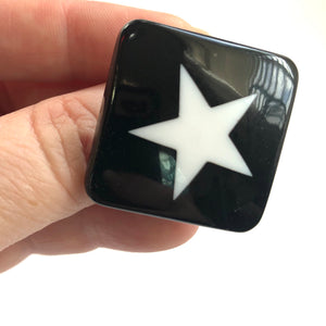 Black & White Star Lucite Silver Cocktail Ring