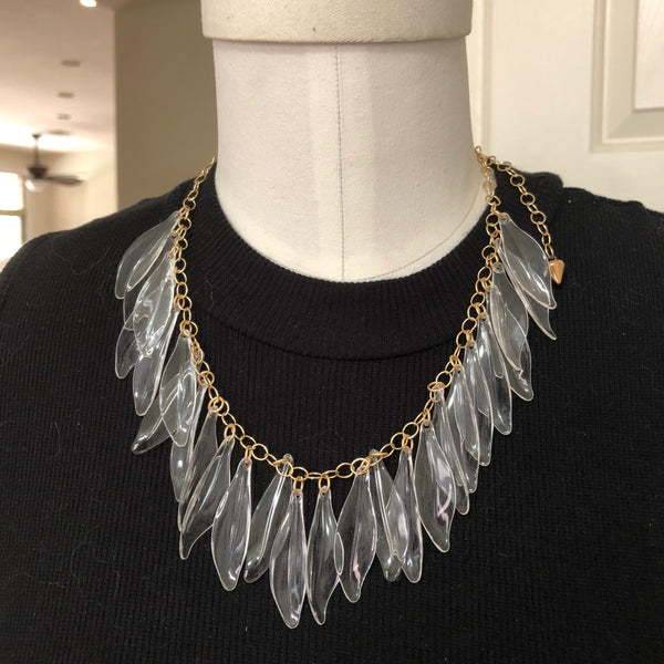 textured necklace