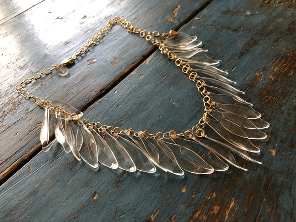 collar necklace leaves