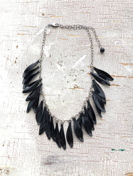 jingle leaves black necklace