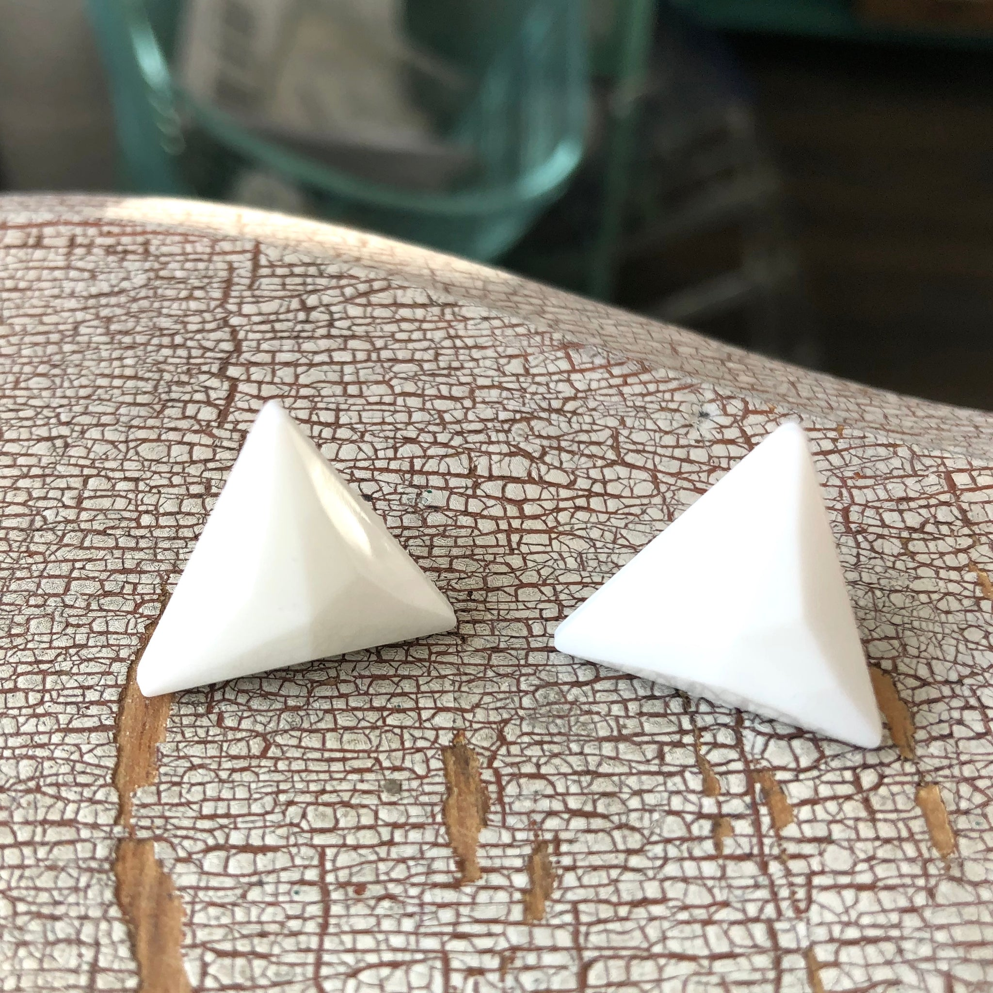 White Faceted Triangle Stud Earrings