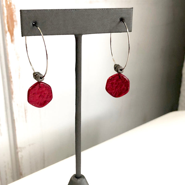 metal hoops red