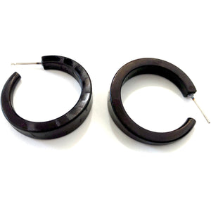 black textured hoop