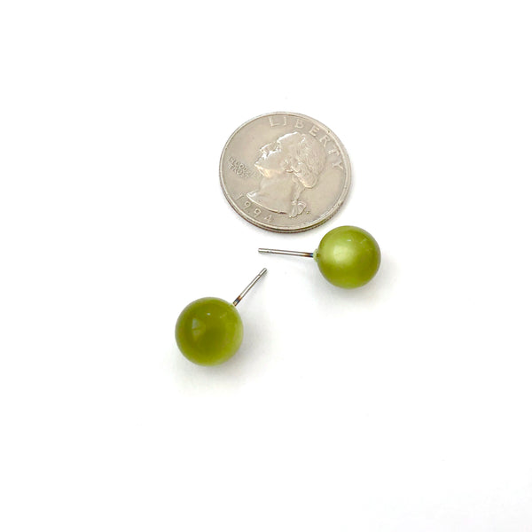 olive moonglow stud