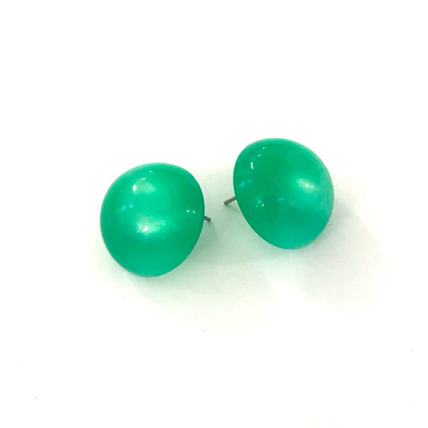 green button stud