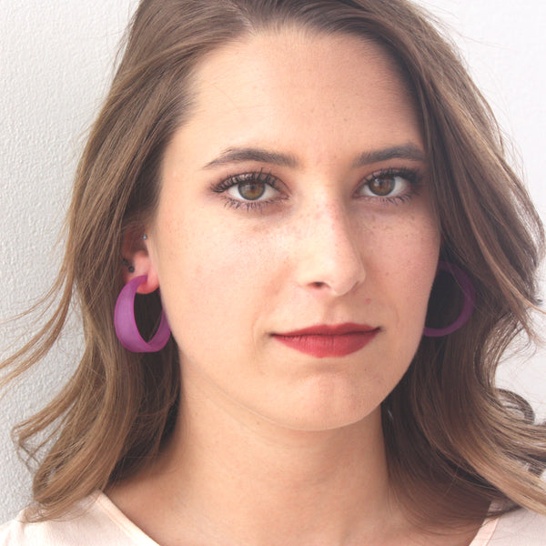 frosted tapered hoop earrings