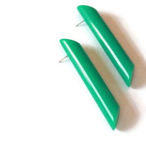 green stick earrings