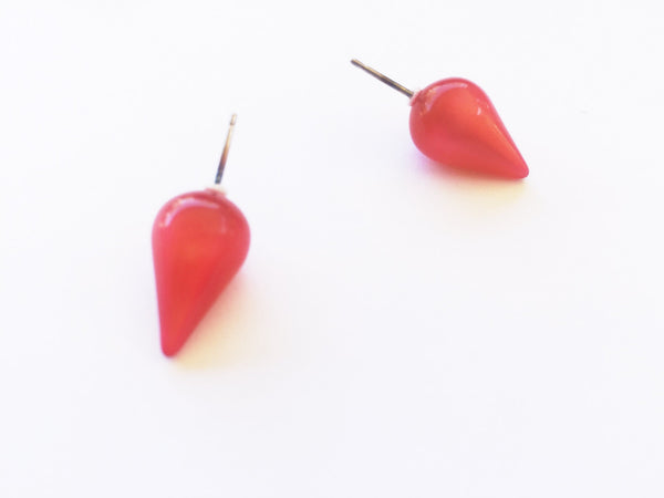 spike earrings red